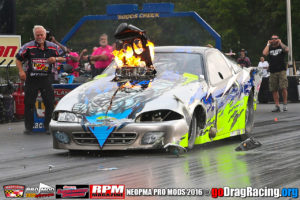 Rob Hunnicutt Huge nitrous explosion in eliminations